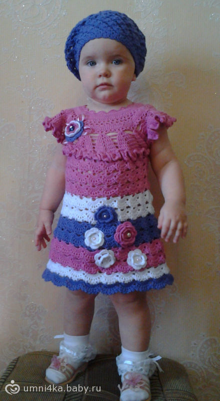 Платье и беретка