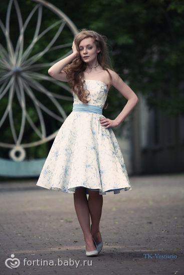 Свадебное платье в стиле 50.