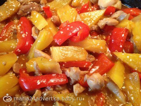Курица с ананасами на сковороде рецепт